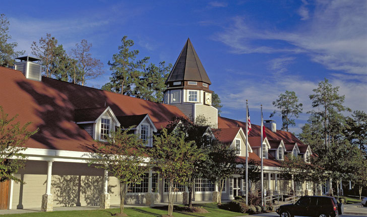 longwood clubhouse