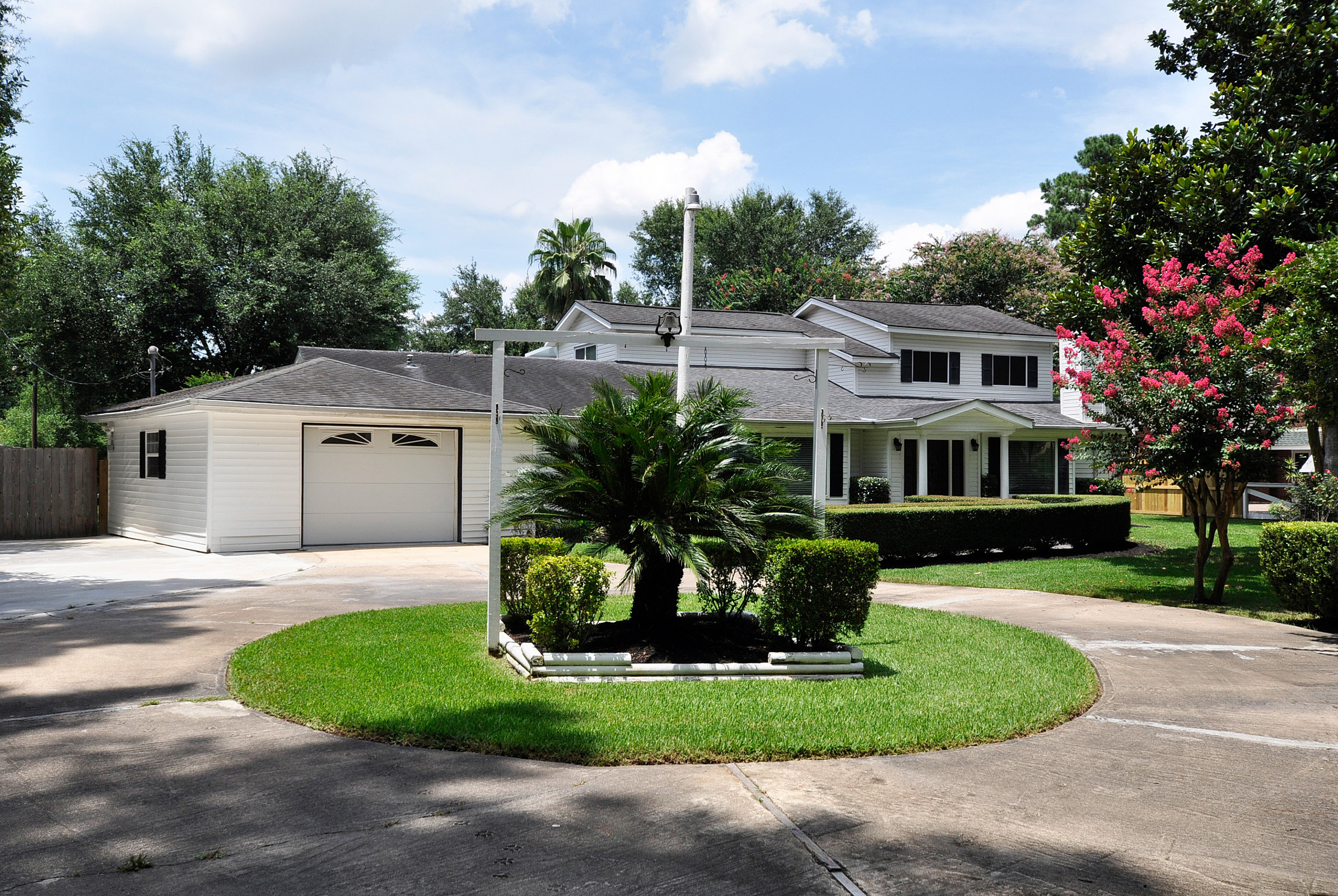 Available listing 13114 happy lane cypress tx come for Cypress house
