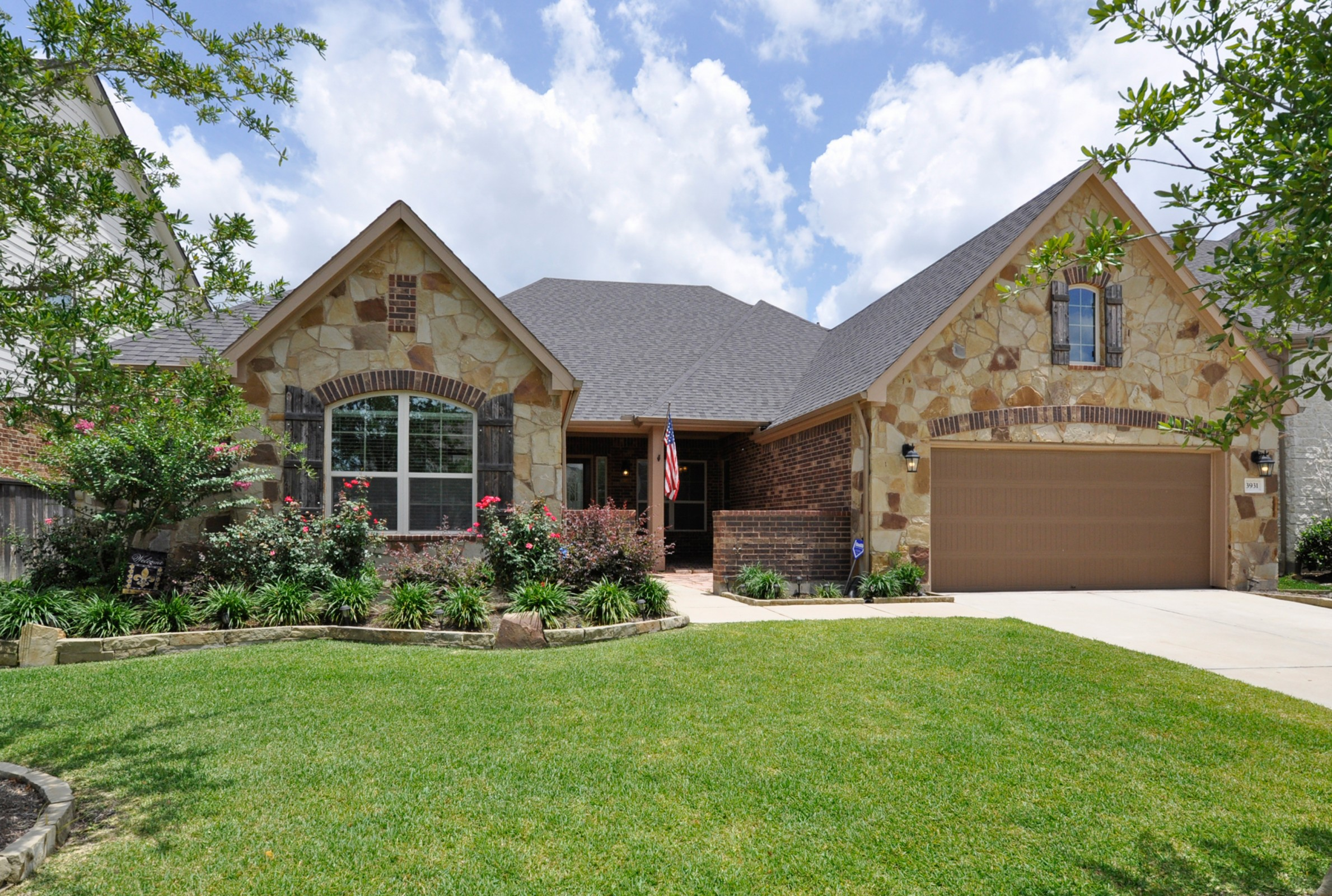2 nmlljb still front come home to cypress for Cypress log home prices
